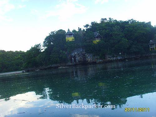 Baras Resort Guest Huts