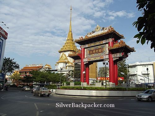 Wat Traimit and China Town Gate Bangkok
