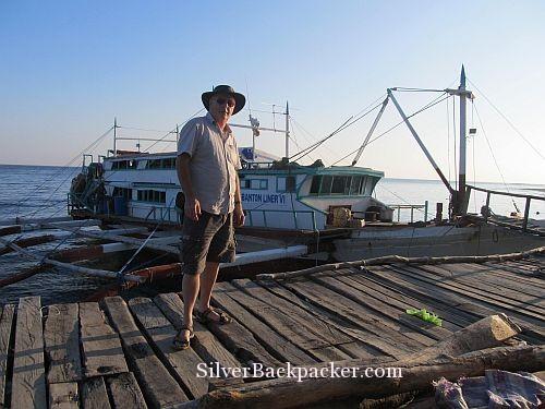 Libertad Pier with Banton Liner Boat