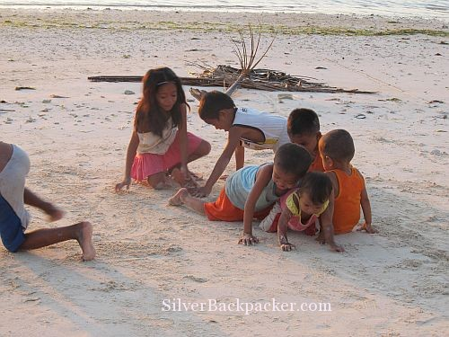 Caluya Children on beach