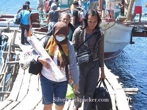 Passengers Disembark Semirara