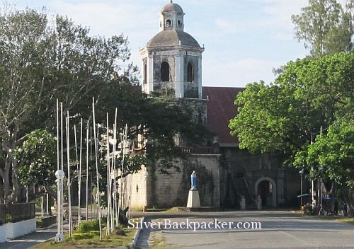 approach to san joaquin church