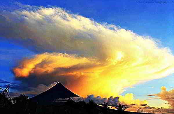 a moment that's gone Mayon