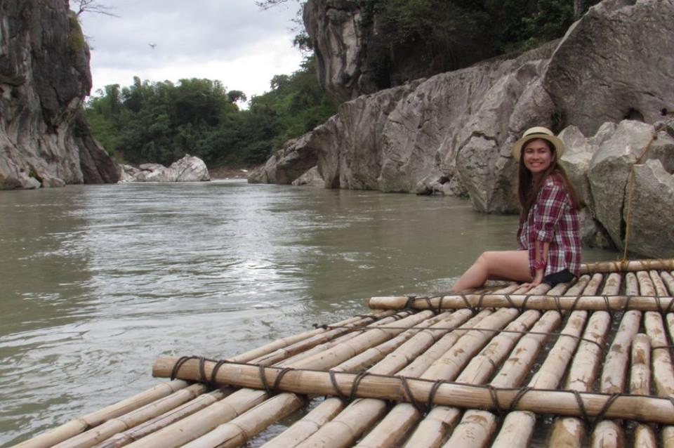 Riding a raft through the canyon minalungao