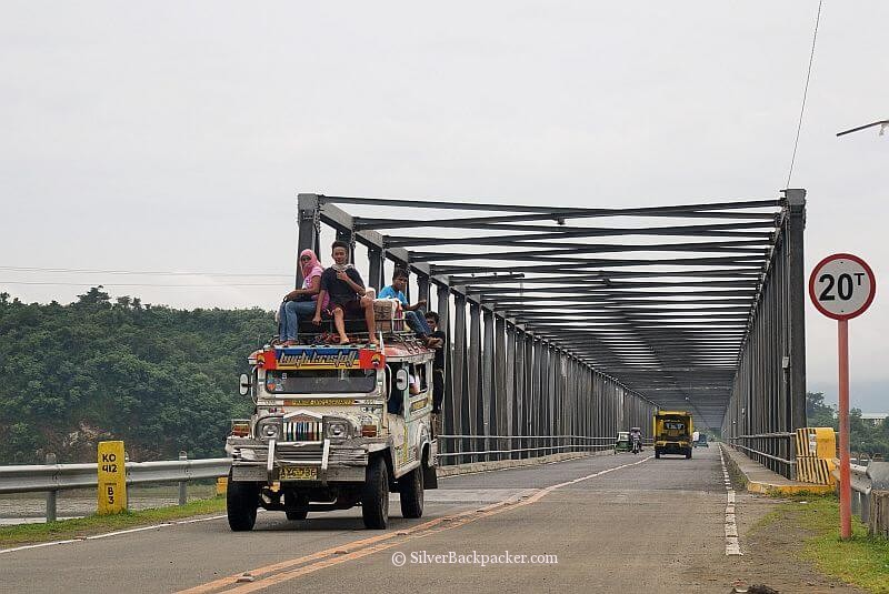 Cross Calaba Bridge to reach La Paz, Abra