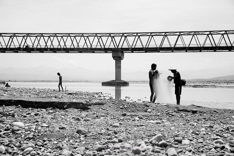 Fishermen under Calaba Bridge, Bangued, Abra
