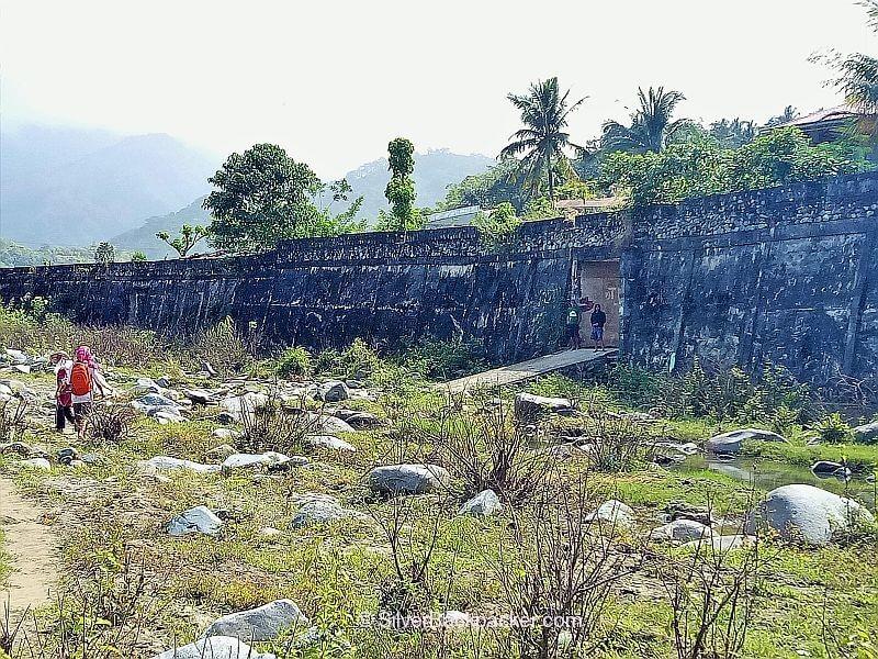 Lacub town walls Mt Pisusok Traverse Abra