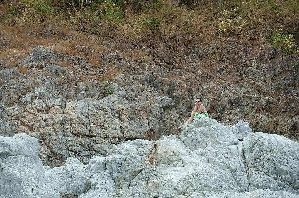 A Day of Adventure in Apao & Piwek Rock Formations