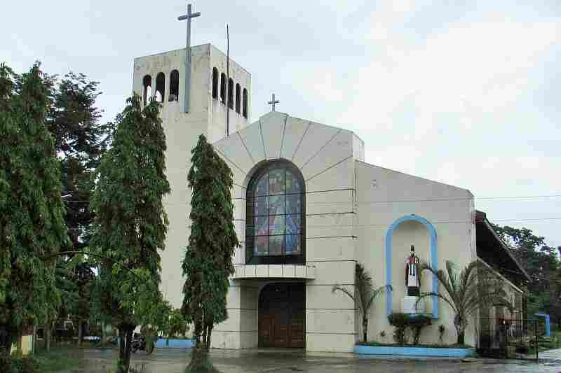 Visita Iglesia Abra Bucay Church