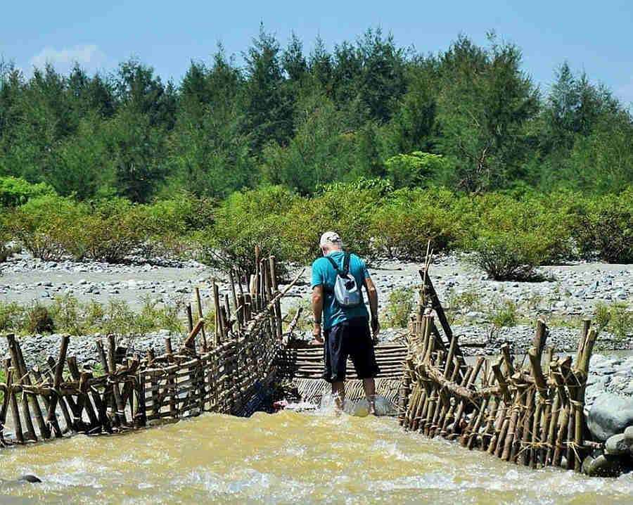 Visiting Asar fish traps wearing my Hull and Stern adventure bag