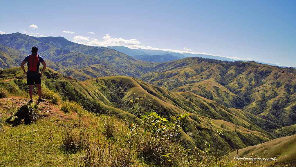 Biyahe Ni Drew, Drew Arellano gazing over the Apao Rolling Hills