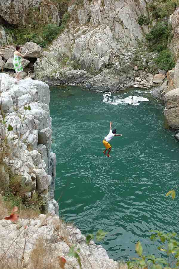 Cliff jumping, Piwek Rock Formations, Alaoa, Tineg, Abra