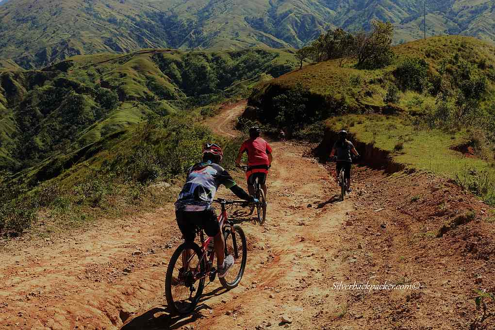 Drew Arellano with a group of Mountain bikers riding apao rolling hills trail. Tineg, Abra. Biyahhe Ni Drew
