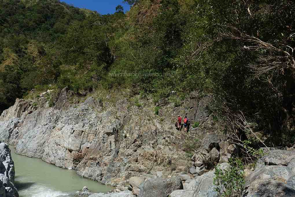 Hiking to the cliff jump area, Piwek Rock Formations, Tineg, Abra