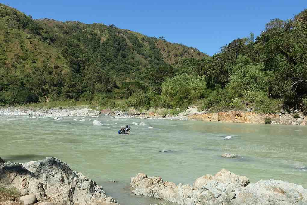 Wading across Binongan River, Piwek Rock Formations, Alaoa, Tineg Abra