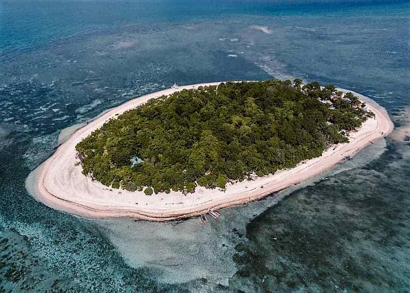 Mantigue Island, Camiguin, Mindanao