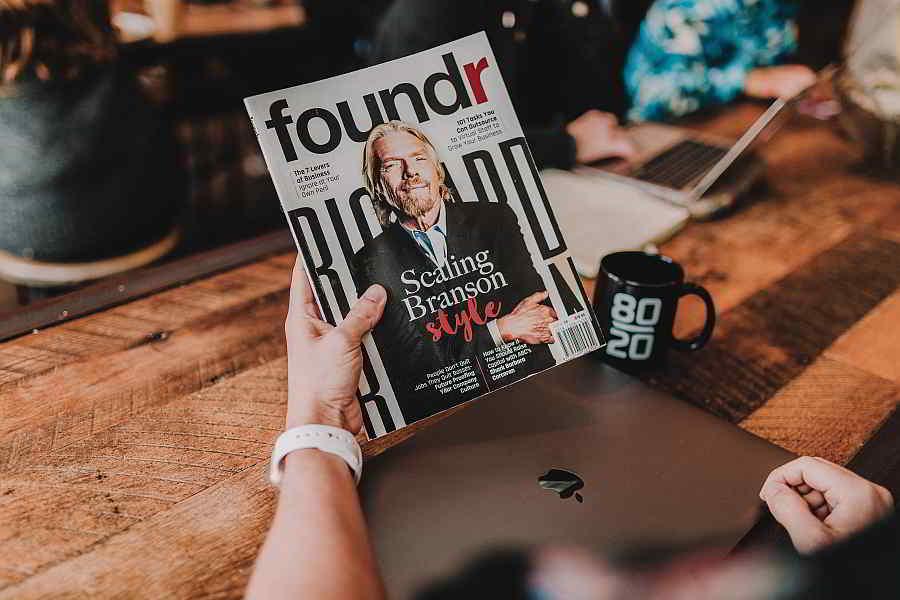 Three Roles of Travel Bloggers entrepreneur