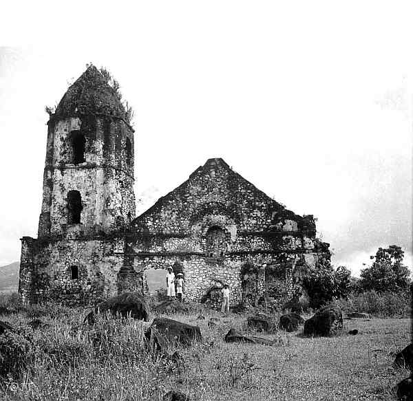 Old Image of Cagsawa Church, Daraga
