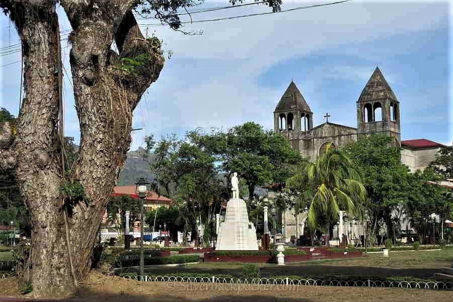 Dapitan Plaza with church and Rizal Monument, Dapitan