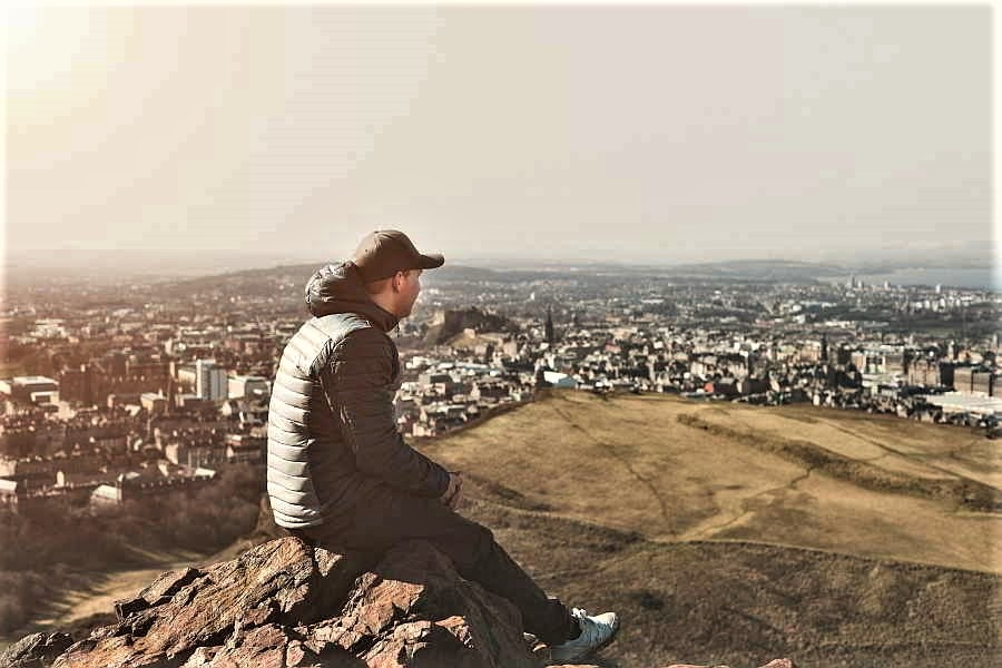 Things to do in Edinburgh. View the city from Arthur's Seat, Scotland