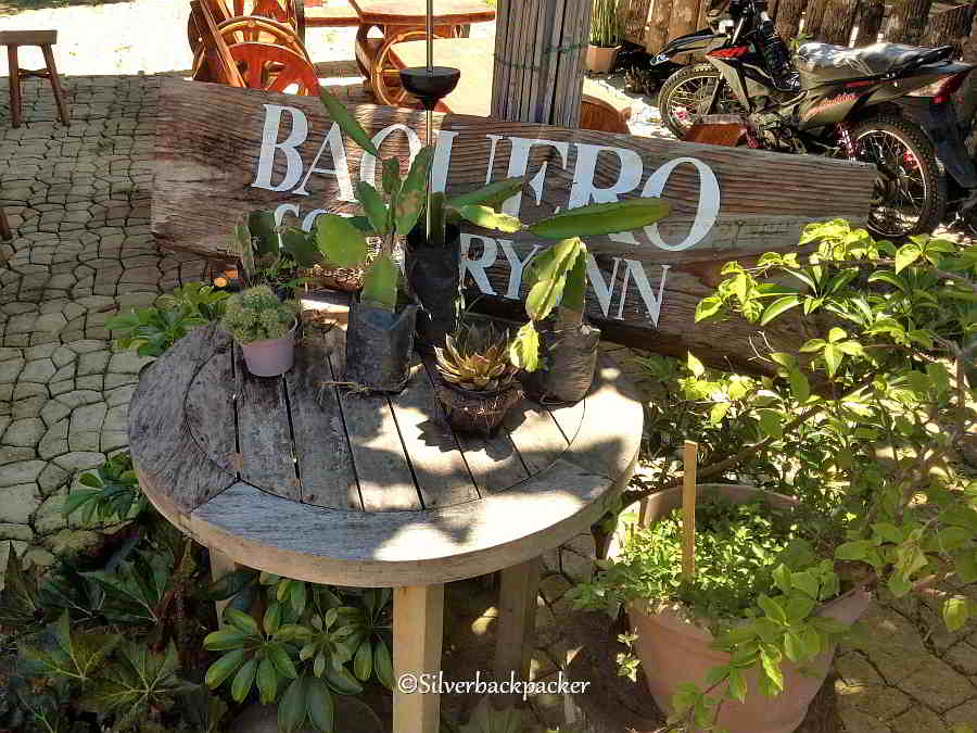 Baquero Country Inn sign, Where to stay in Licuan Baay