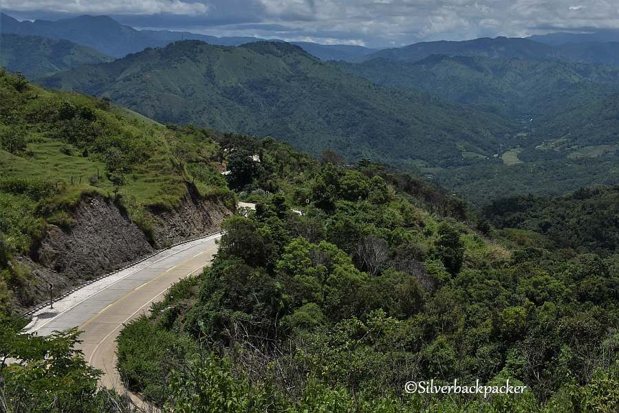 Route 204 in Licuan-Baay winding round the mountains