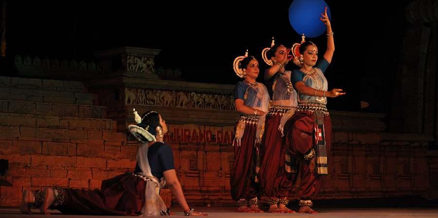 khajuraho dance festival - Photo Courtesy – khajurahodancefestival.com