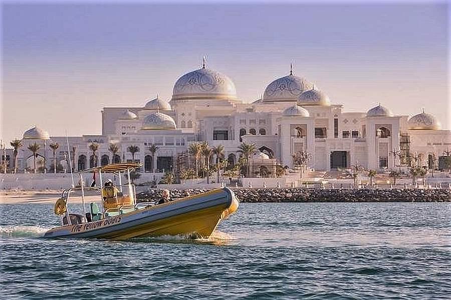 Abu Dhabi Sightseeing Boat Tours