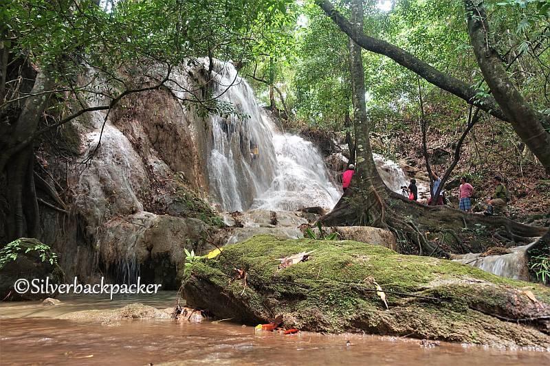 Gilong Falls, Malamsit, Penarrubia